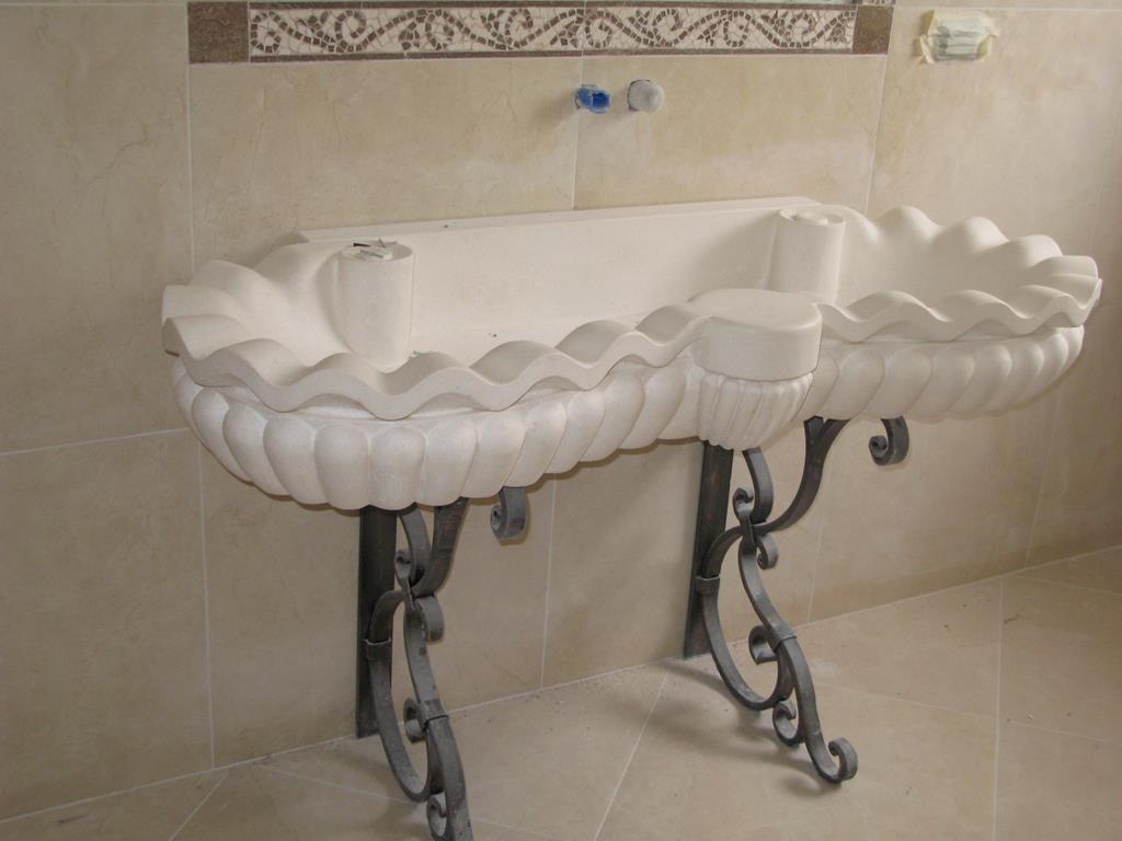 Galleria foto fontane e vasche in pietra ditta anile diego - Vasche da bagno in pietra ...